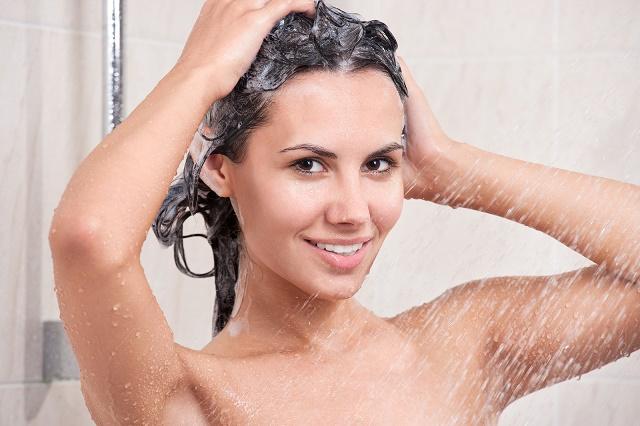 Для чего нужен кондиционер для волос